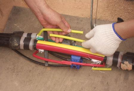 电缆穿刺连接方法图解